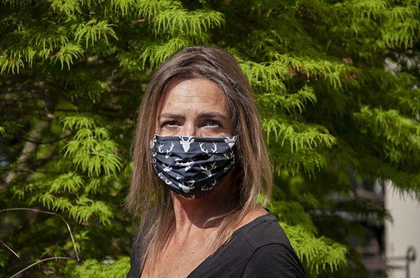 Schutzmaske, Hirschmotiv